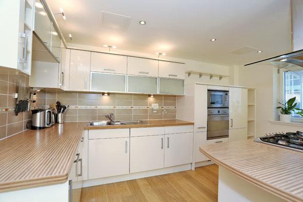 Kitchen at Kepplestone Apartments - Citybase Apartments