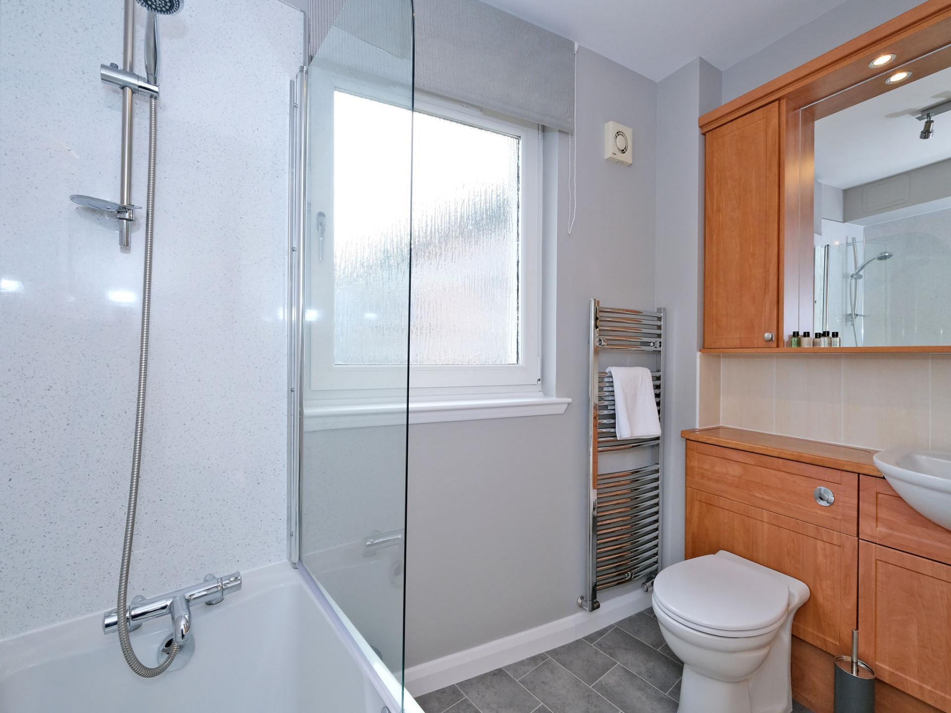 Bathroom at Kepplestone Apartments, Mannofield, Aberdeen - Citybase Apartments