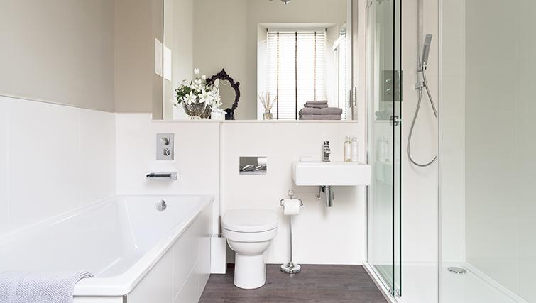 Bright bathroom at The Rutland Residence - Citybase Apartments