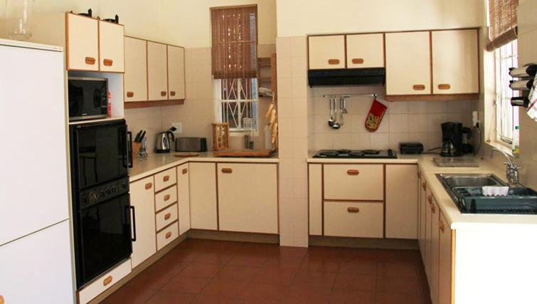 Kitchen at 5 Camp Street Apartments - Citybase Apartments