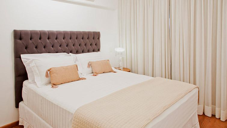 Double bedroom at DNA Pinheiros by Q Apartments - Citybase Apartments