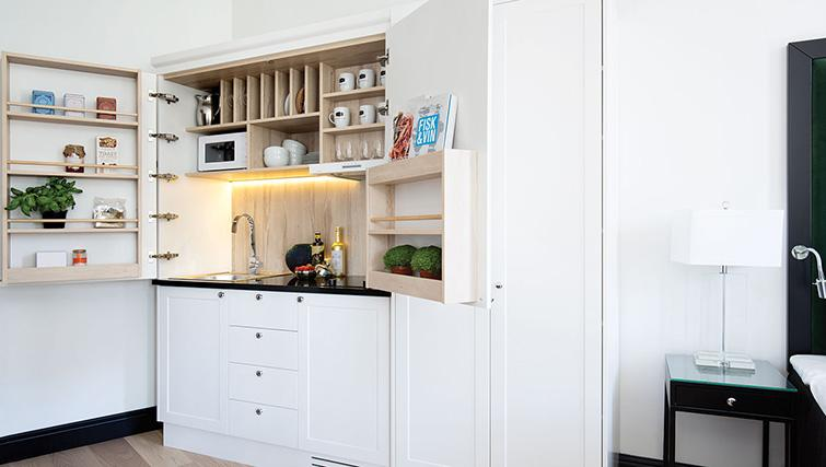 Kitchenette at Bygdoy Alle Apartments - Citybase Apartments