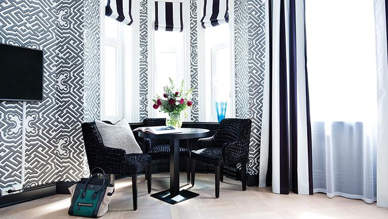 Dining table at Bygdoy Alle Apartments - Citybase Apartments