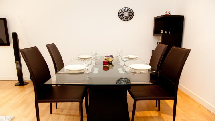 Dining area at Euston Apartments - Citybase Apartments