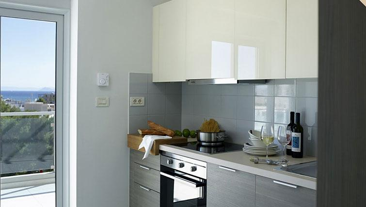 Kitchen at Scale Suites Luxury Residence - Citybase Apartments