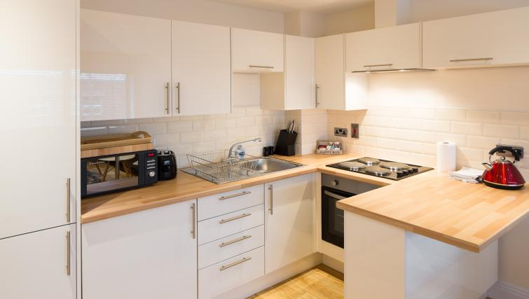 Kitchen at Morris Suites - Citybase Apartments