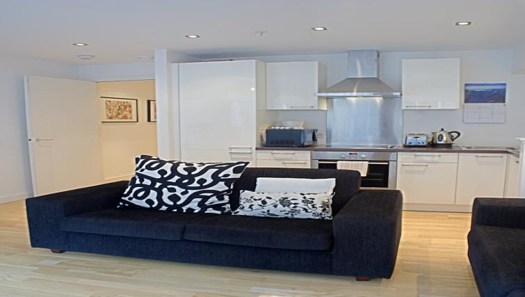 Vienna Serviced Apartments | Glasgow | Citybase