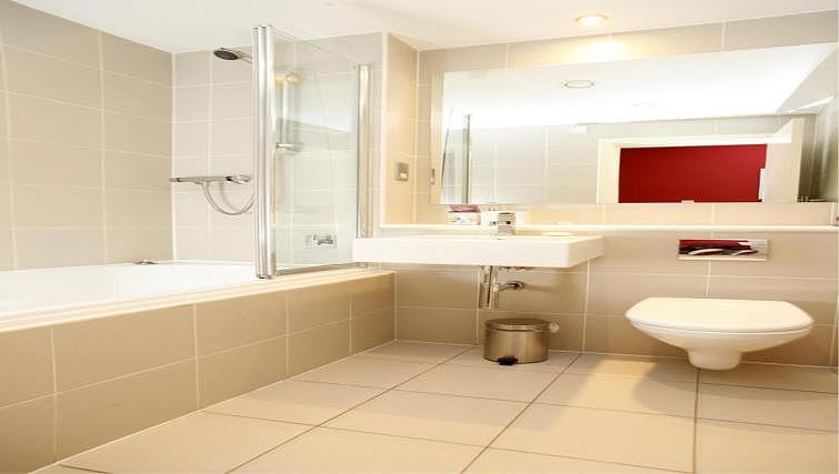 Bathroom at Ingram Street Apartments - Citybase Apartments