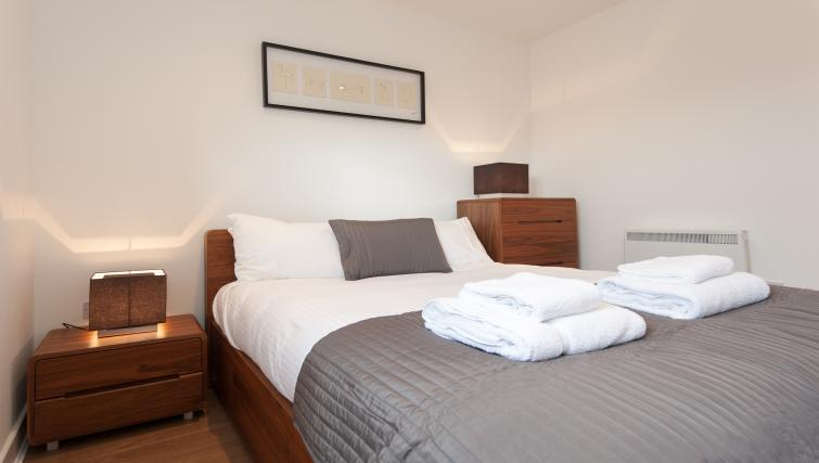 Double bedroom at Argyle Tower Apartments - Citybase Apartments