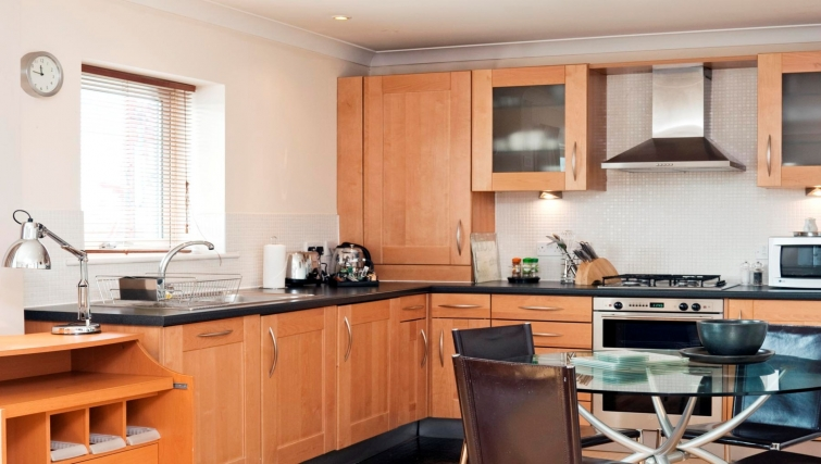 Sleek kitchen in Market Rise Apartments - Citybase Apartments