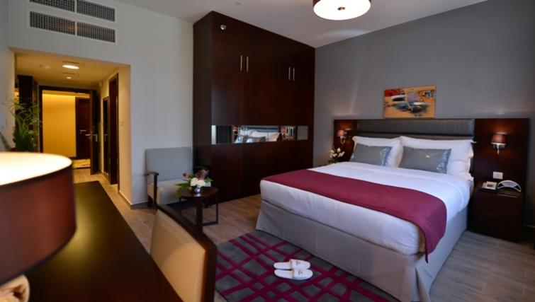 Bedroom at Links Hotel Apartments - Citybase Apartments
