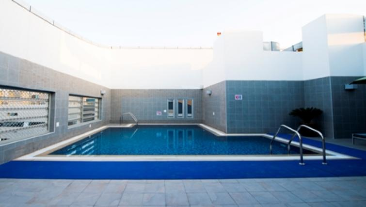 Swimming pool at Vision Links Residence - Citybase Apartments