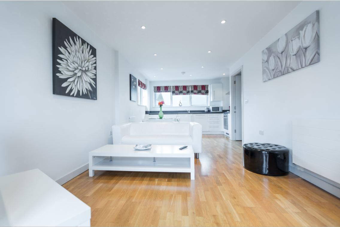 Living area at Castle Quay Apartments, Centre, Bedford - Citybase Apartments