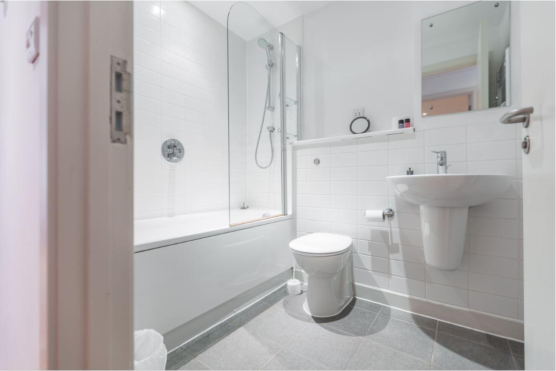 Bathroom at Castle Quay Apartments, Centre, Bedford - Citybase Apartments
