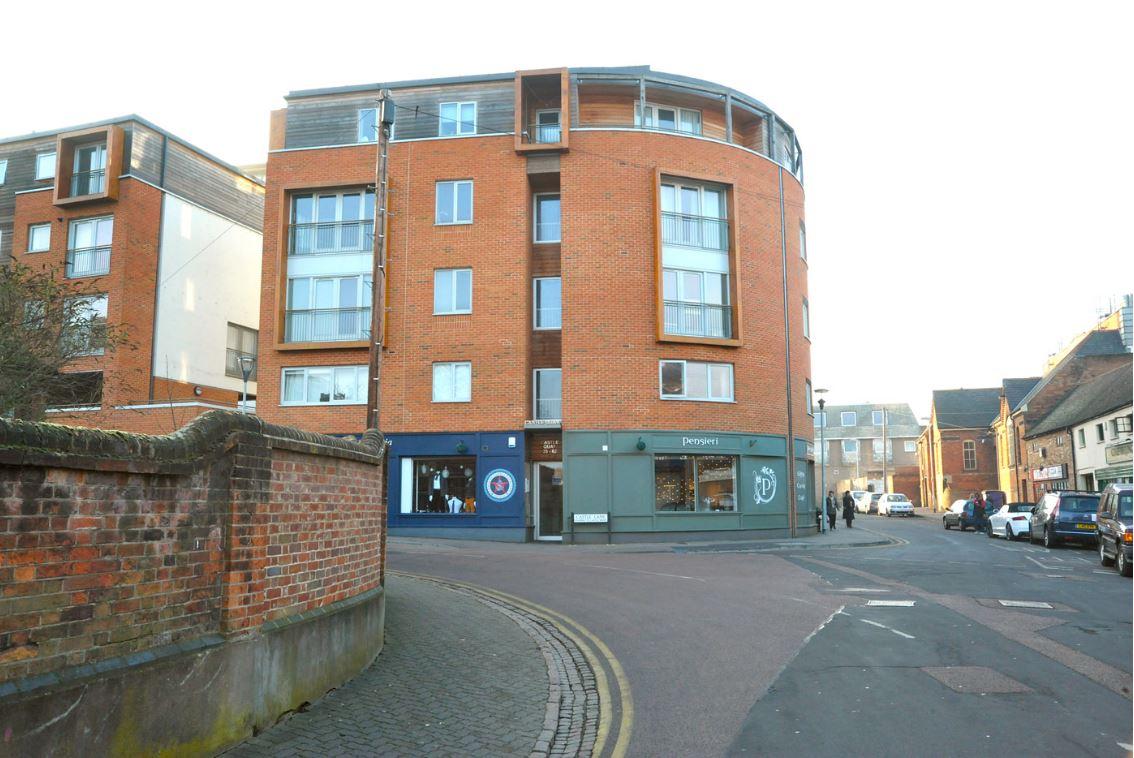 Exterior of Castle Quay Apartments, Centre, Bedford - Citybase Apartments