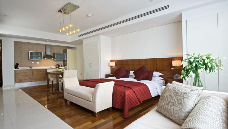 Studio deluxe at Fraser Suites Doha - Citybase Apartments