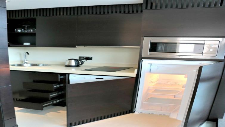 Kitchen at Southern Sun Abu Dhabi Apartments - Citybase Apartments