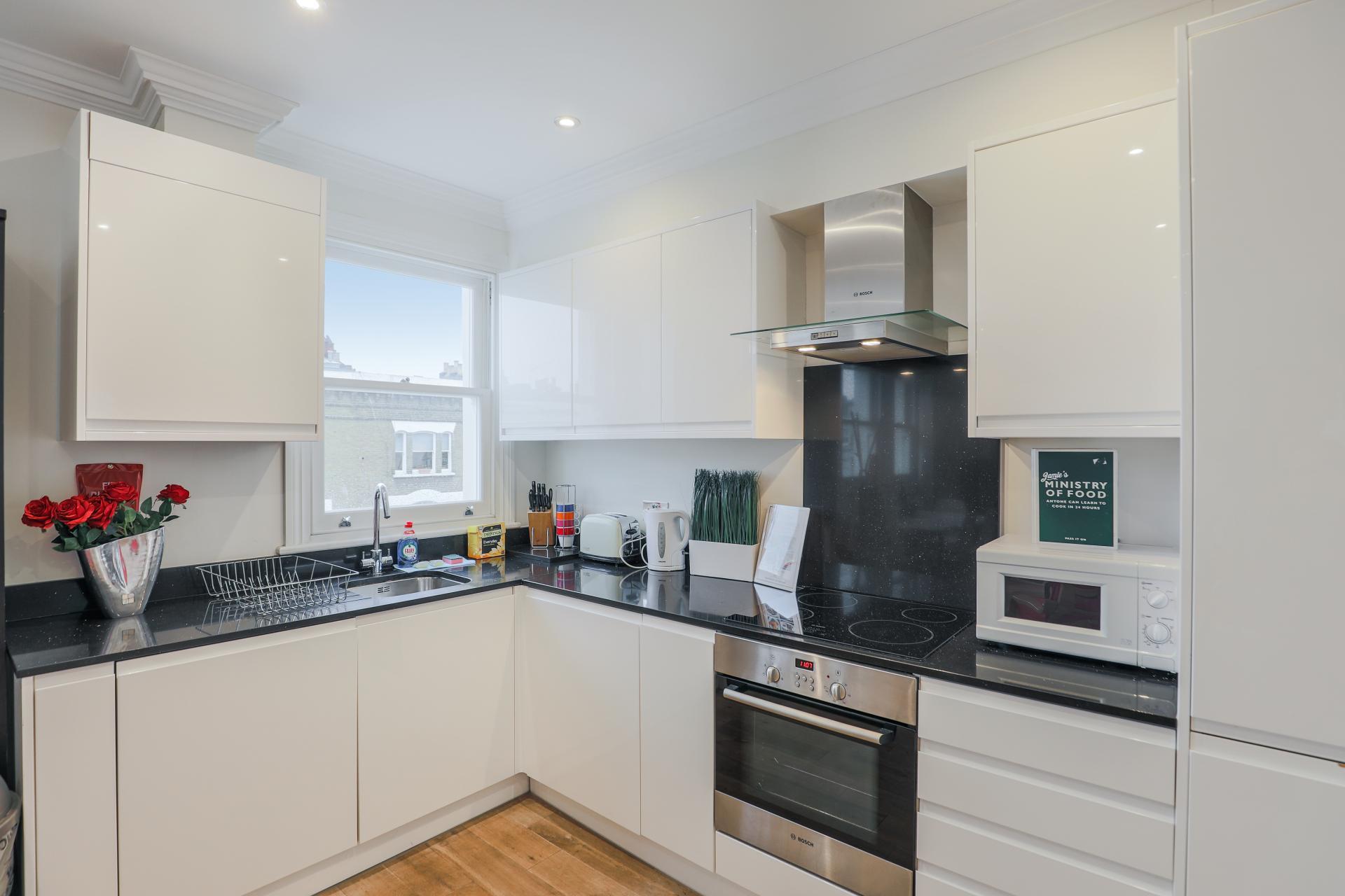 Kitchen at Notting Hill Ladbroke Grove Apartments, Ladbroke Grove, London - Citybase Apartments