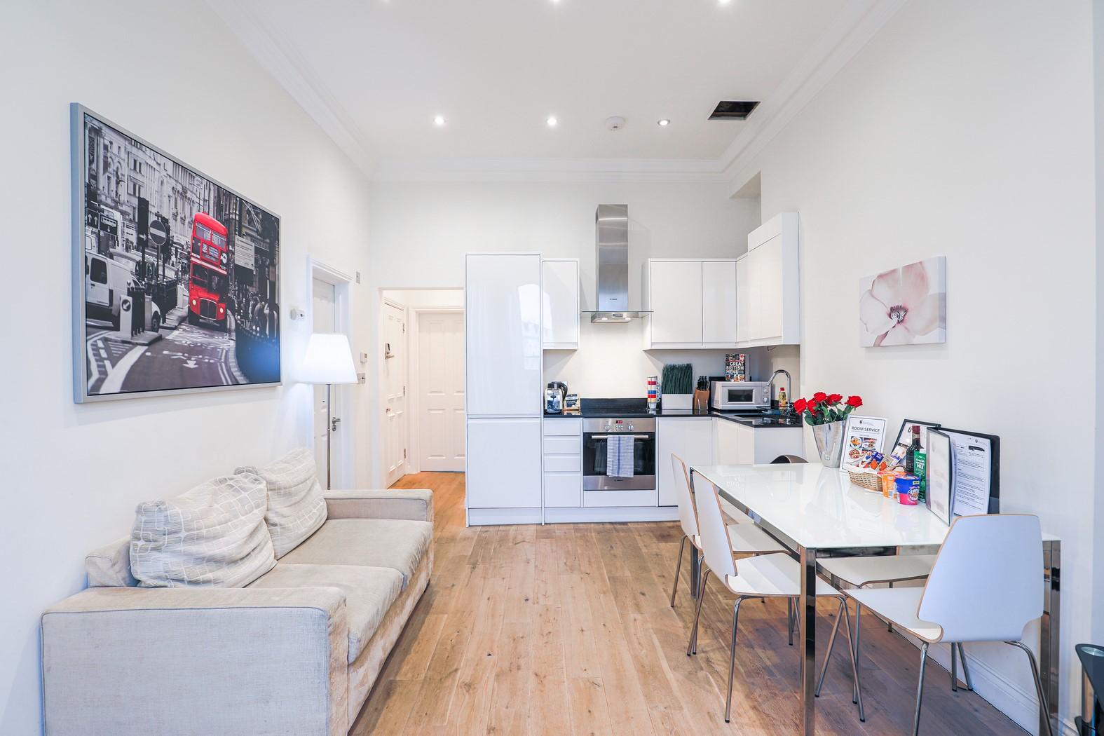 Table at Notting Hill Ladbroke Grove Apartments, Ladbroke Grove, London - Citybase Apartments