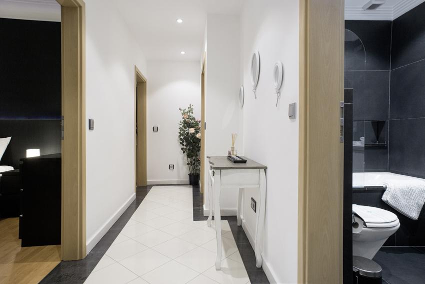 Hallway at Villa Serena Apartments - Citybase Apartments