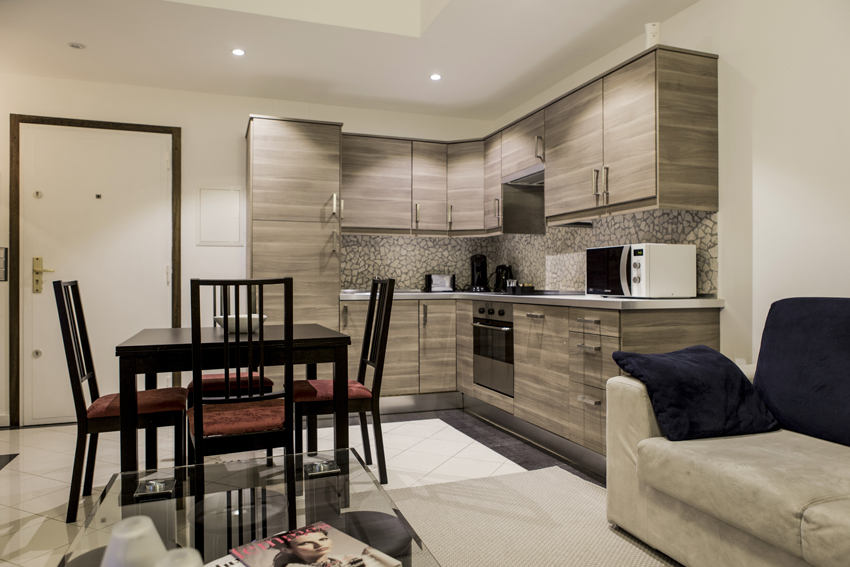 Dining area at Villa Serena Apartments - Citybase Apartments