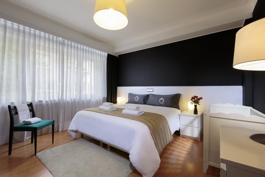 Bedroom at Villa Serena Apartments - Citybase Apartments