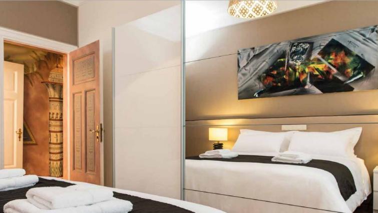 First bedroom at Villa Gemma Apartments - Citybase Apartments