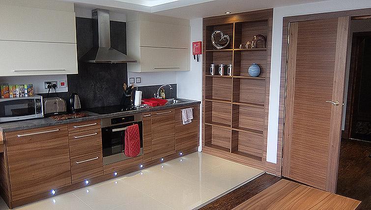 Full kitchen at Watford Junction Apartments - Citybase Apartments