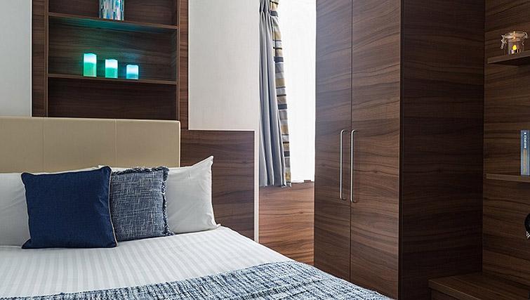 Bed at Watford Junction ApartmentsWatford Junction Apartments - Citybase Apartments