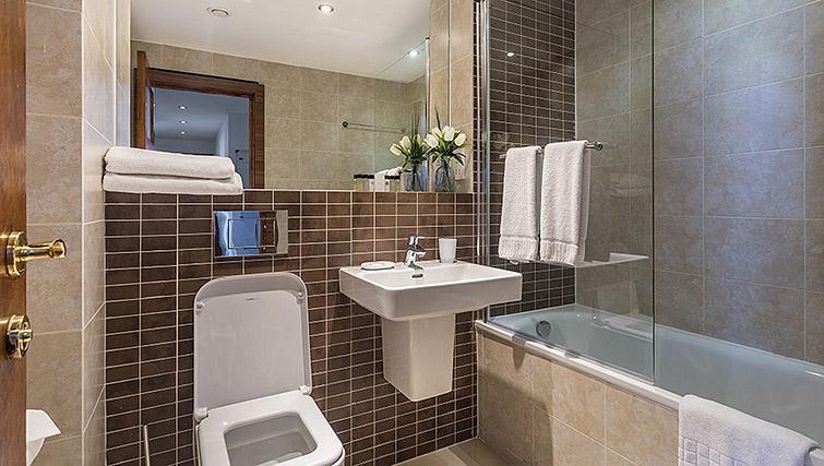 Bathroom at Watford Junction Apartments - Citybase Apartments