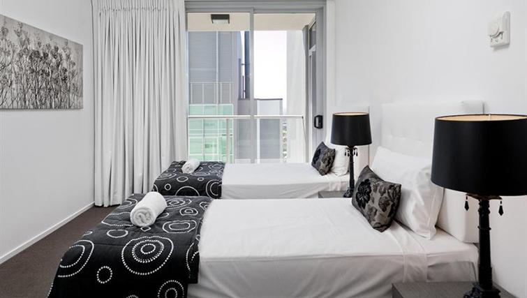 Twin bedroom at Mantra on the Quay - Citybase Apartments