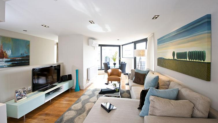 Sofa at Fraser Residence City London - Citybase Apartments
