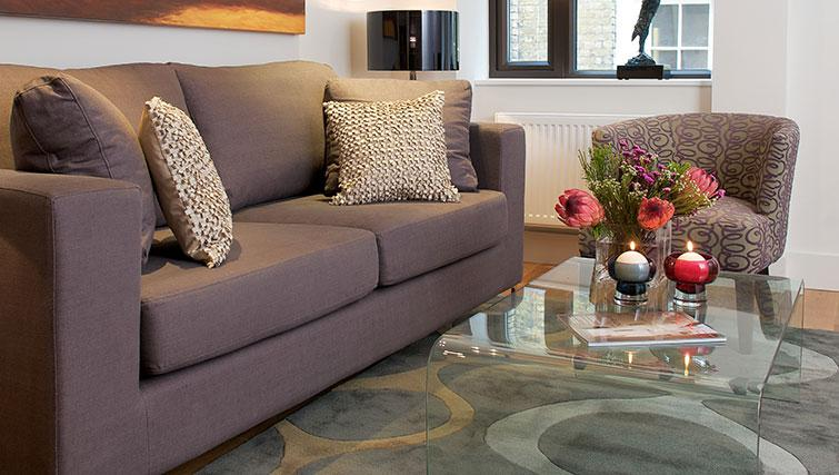 Coffee table at Fraser Residence City London - Citybase Apartments