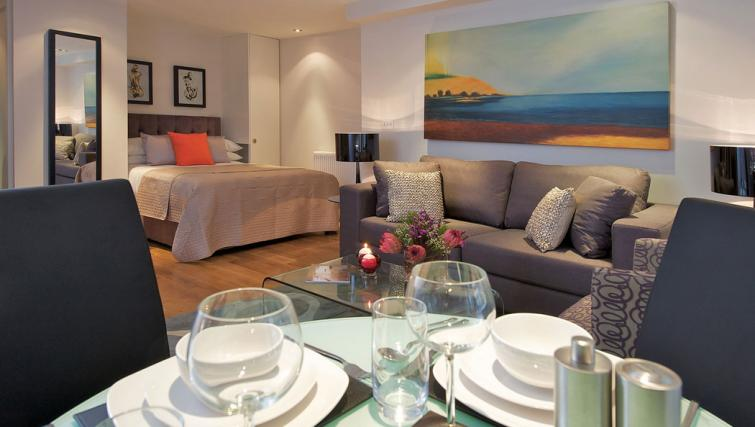Studio at Fraser Residence City London - Citybase Apartments