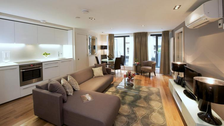 Living/dining area at Fraser Residence City London - Citybase Apartments