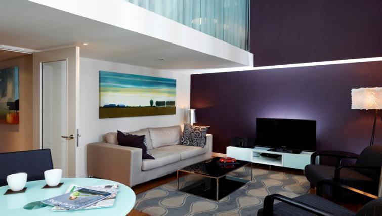 TV at Fraser Residence Bishopsgate - Citybase Apartments