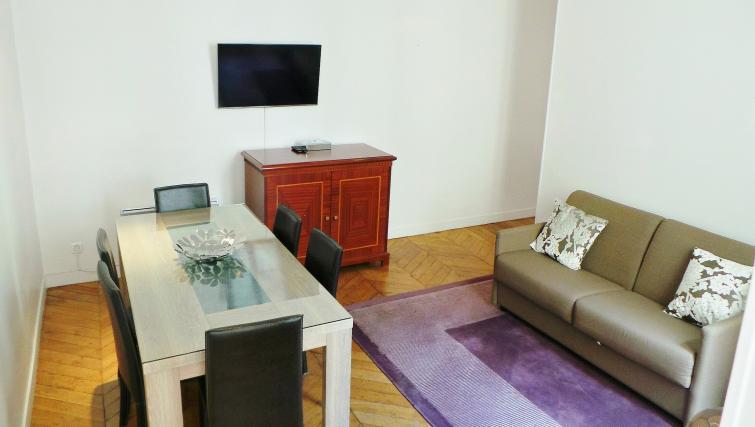 Living area at Apartments Du Marais - Citybase Apartments