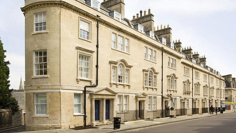 Grand exterior of SACO Bath - St James's Parade - Citybase Apartments