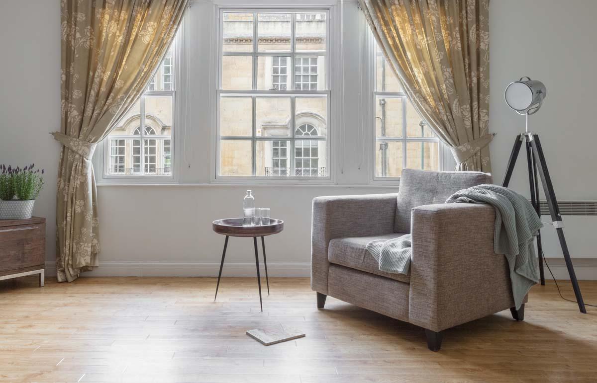 Big windows at Saco Bath – St James's Parade - Citybase Apartments