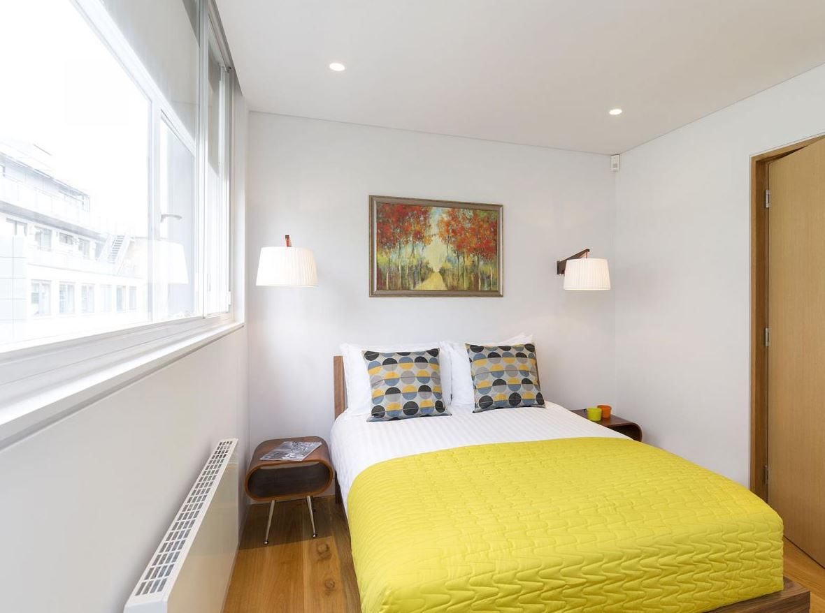 Cosy bed at Holborn by Q Apartments - Citybase Apartments