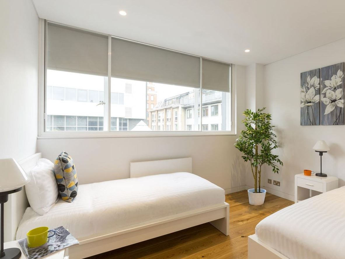 Twin room at Holborn by Q Apartments - Citybase Apartments