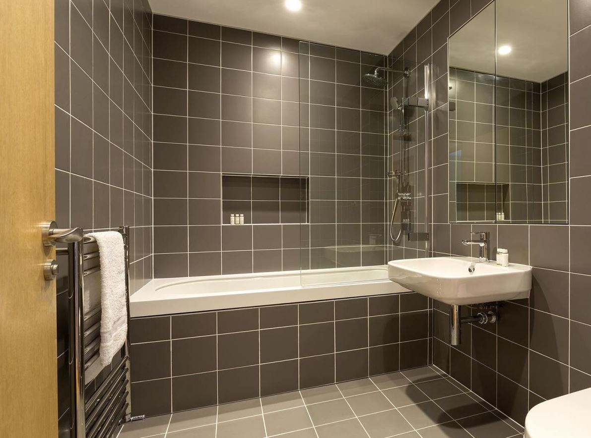 Bathroom at Holborn by Q Apartments - Citybase Apartments