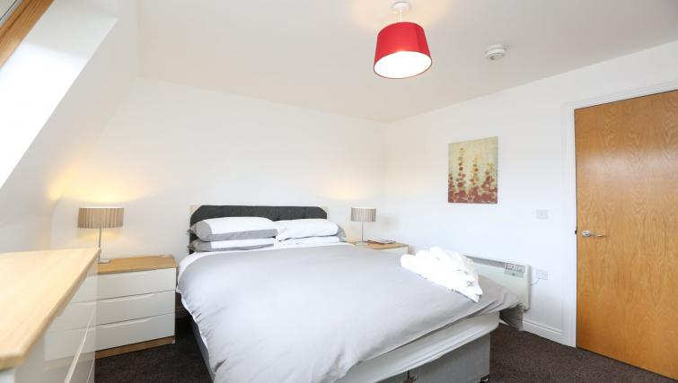 Bedroom at Manor Court Apartment - Citybase Apartments