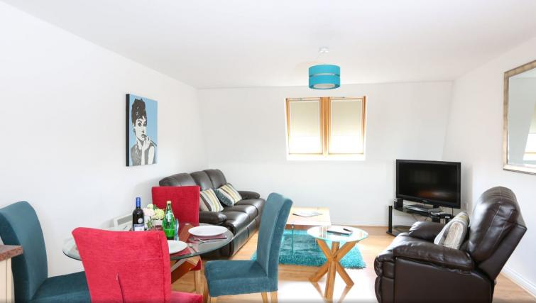 Living area at Manor Court Apartment - Citybase Apartments