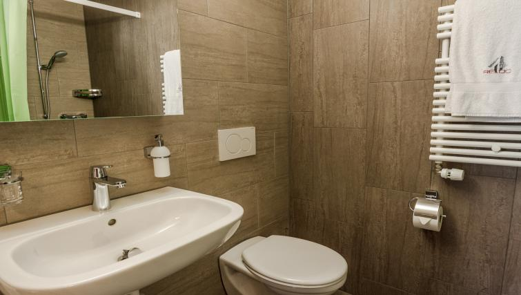 Bathroom at Gujerstrasse Apartments - Citybase Apartments