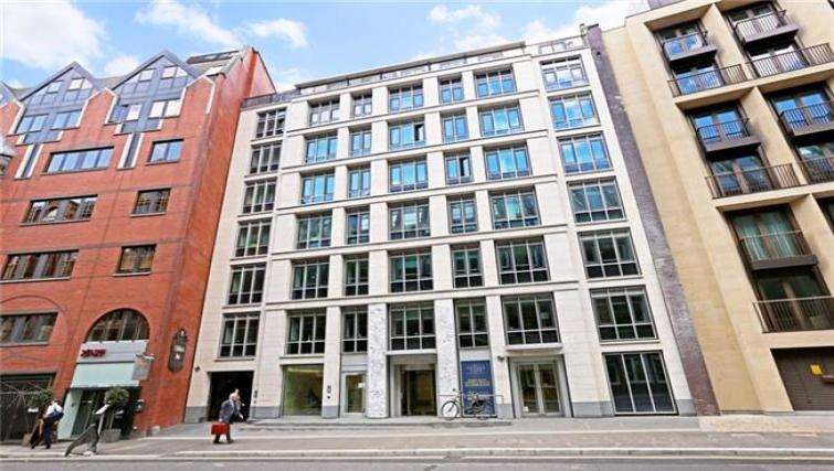 Exterior of Fetter Lane by Q Apartments - Citybase Apartments