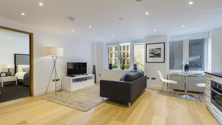 Living room at Fetter Lane by Q Apartments - Citybase Apartments