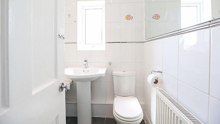 Bathroom at Coundon House - Citybase Apartments