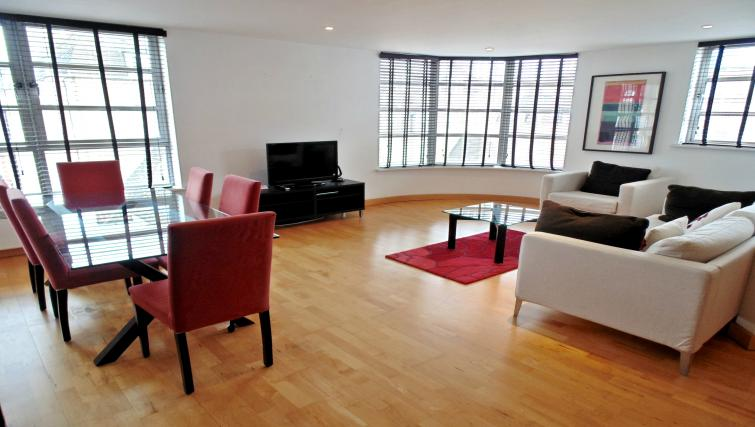 Spacious living area at Still Life Liverpool Street - Citybase Apartments