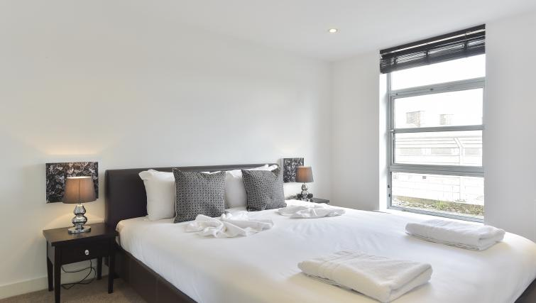 Double bedroom at Still Life Liverpool Street - Citybase Apartments